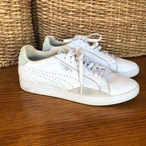 Puma Women's Match  Basic Sports Shoe White/Yellow